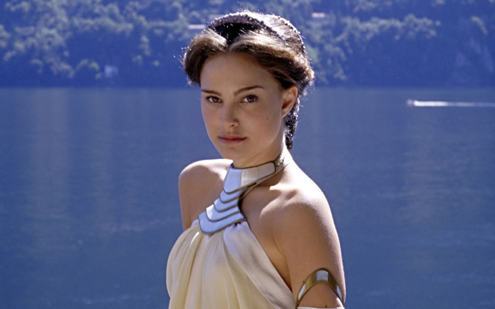 Natalie Portman widescreen for desktop