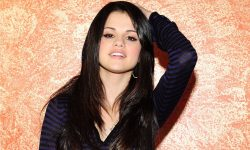 Selena Gomez Free