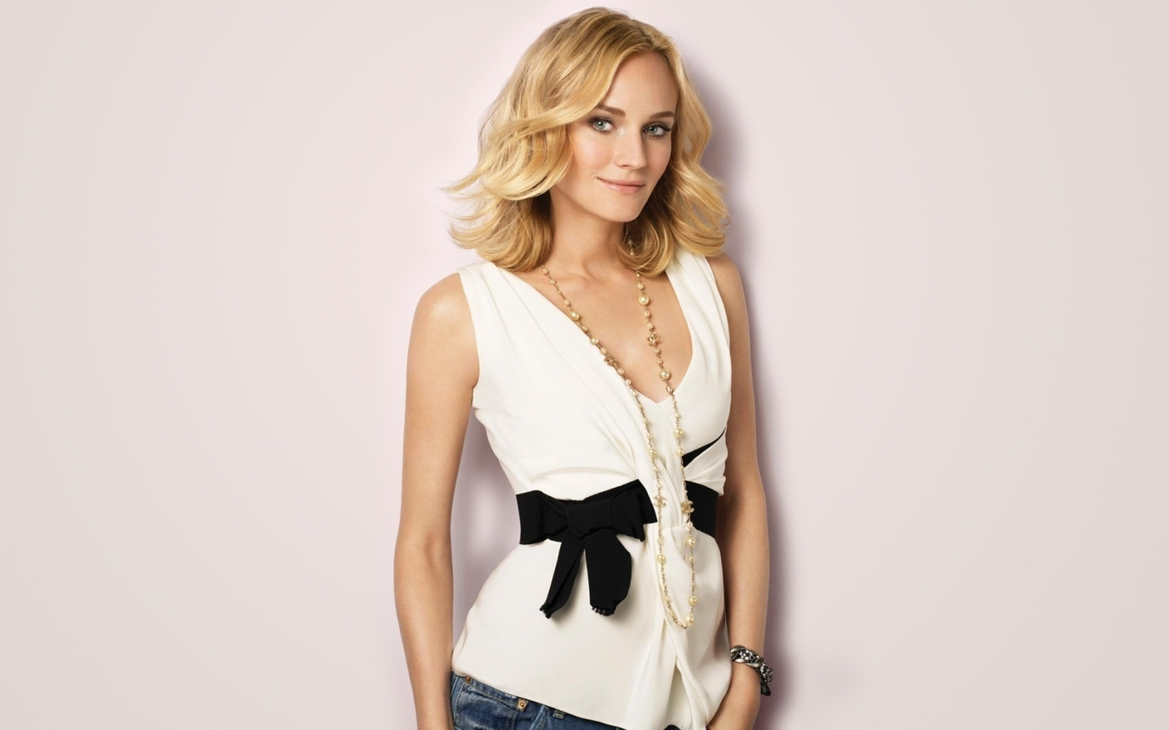 Diane Kruger Desktop wallpapers