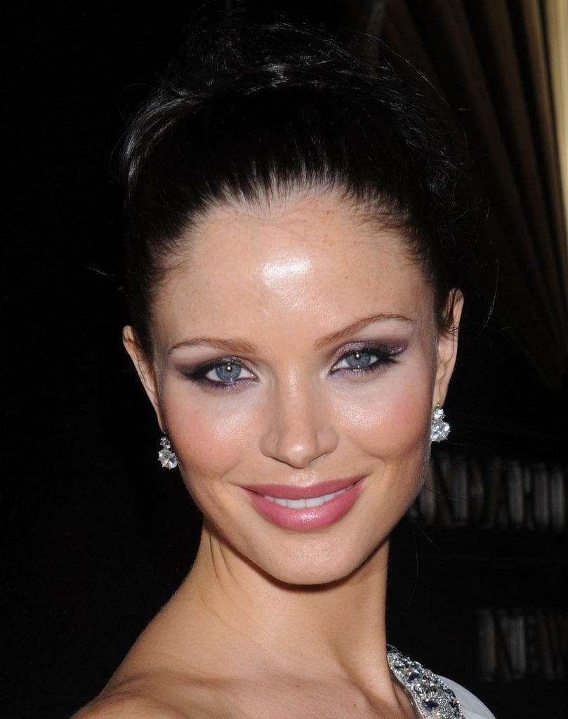 Georgina Chapman Tablet PC wallpapers