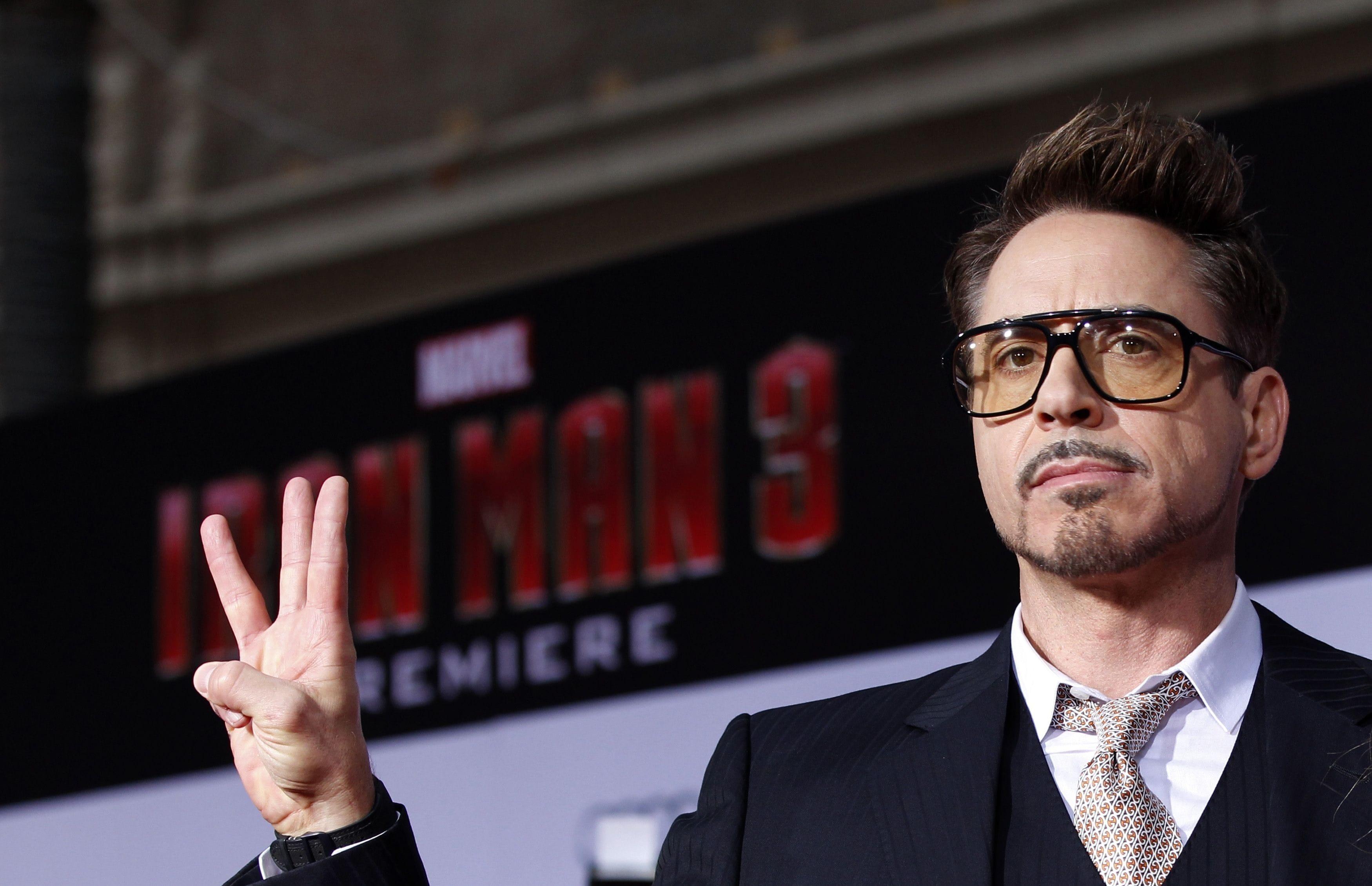 Robert Downey, Jr. Desktop wallpapers