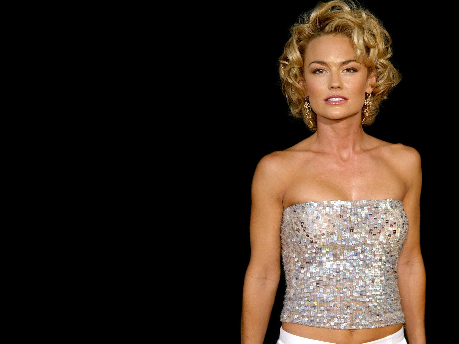 Kelly Carlson Wallpapers