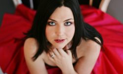 Amy Lee widescreen