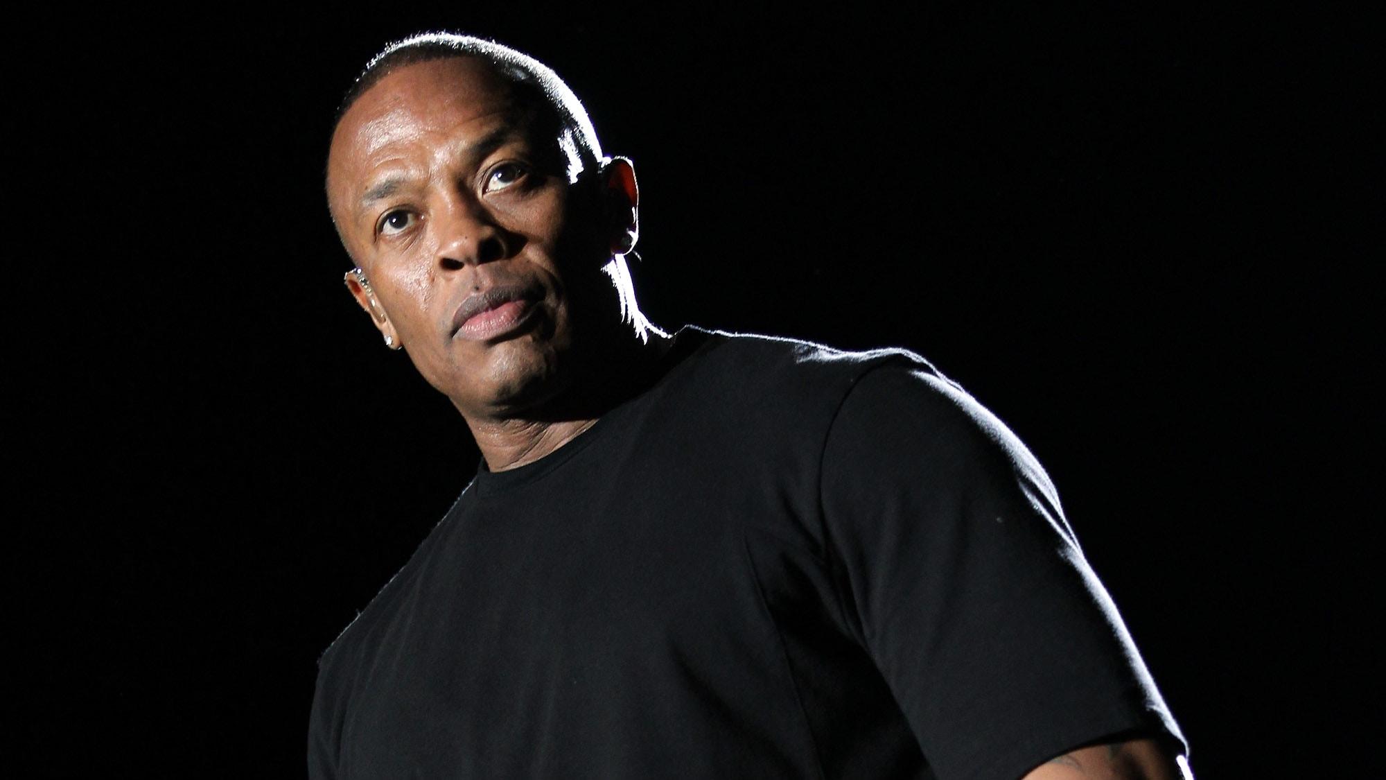 Dr. Dre widescreen