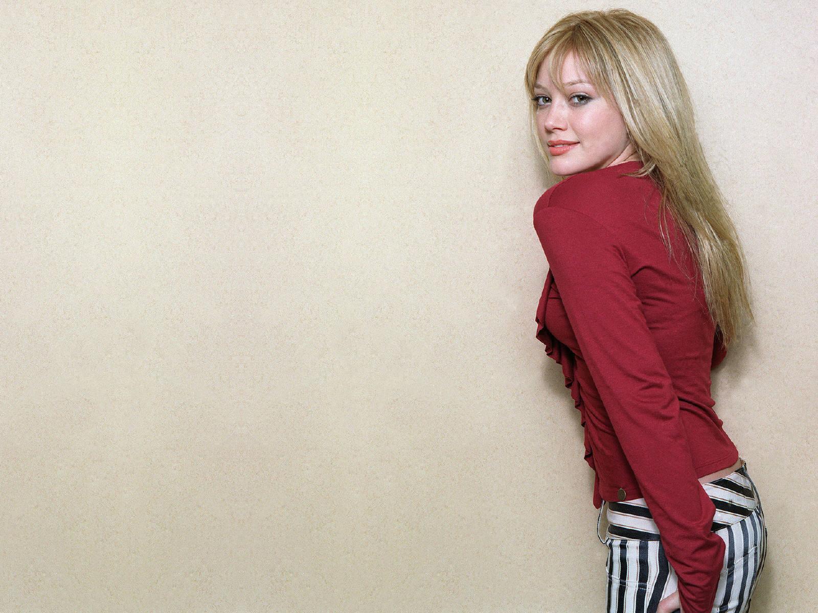 Hilary Duff Free