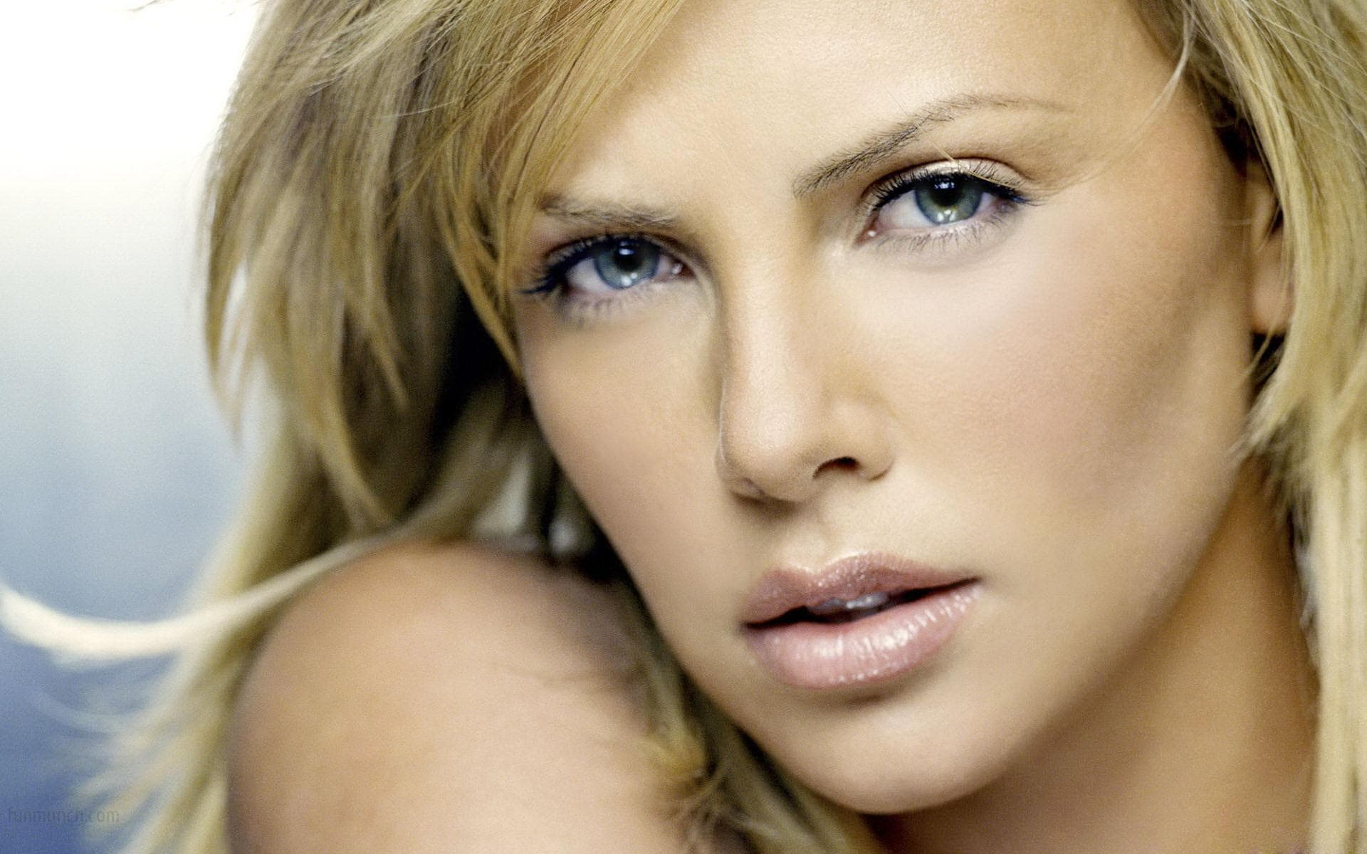 Charlize Theron Wallpapers hd