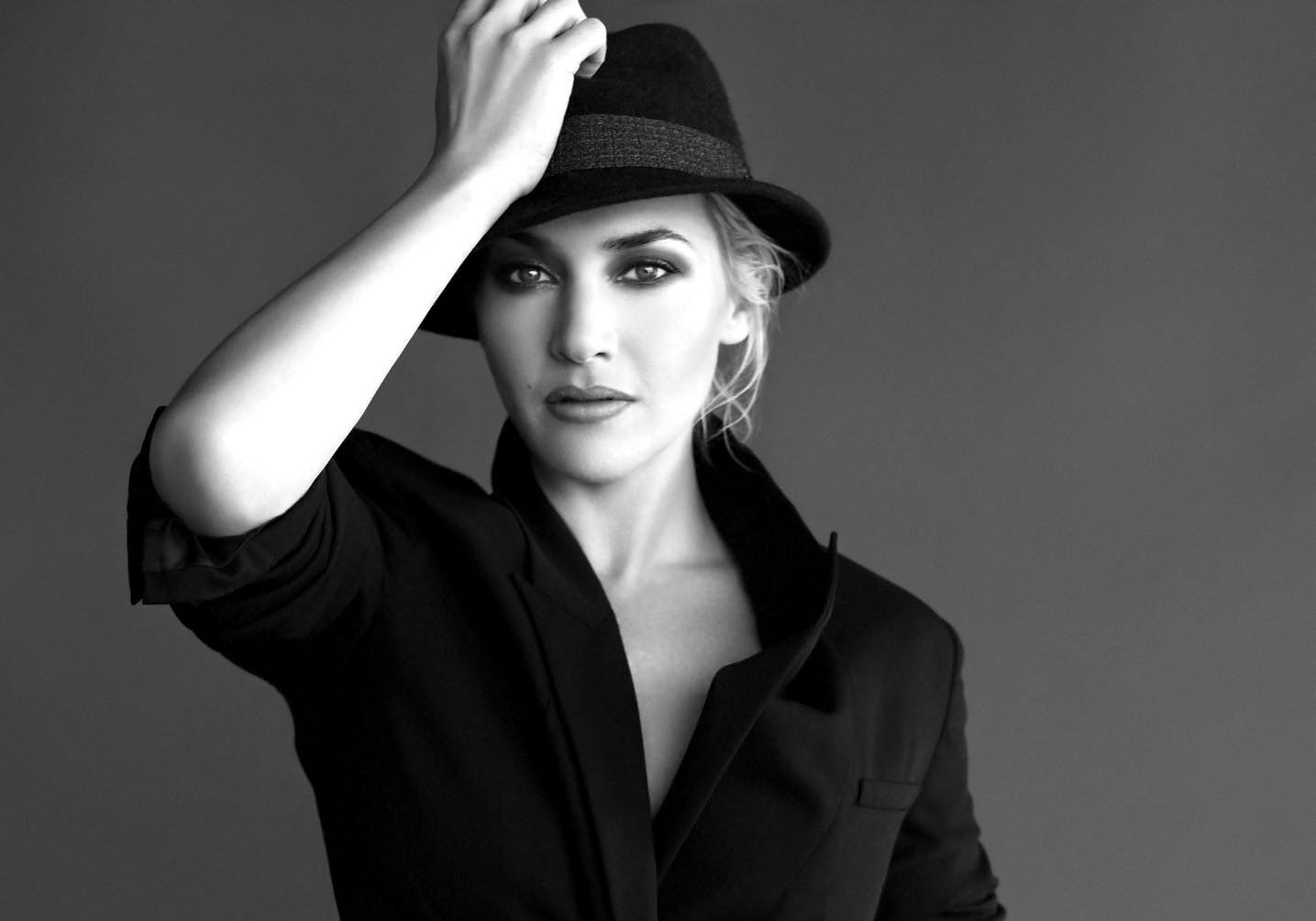 Kate Winslet Hd Wallpapers 7wallpapersnet