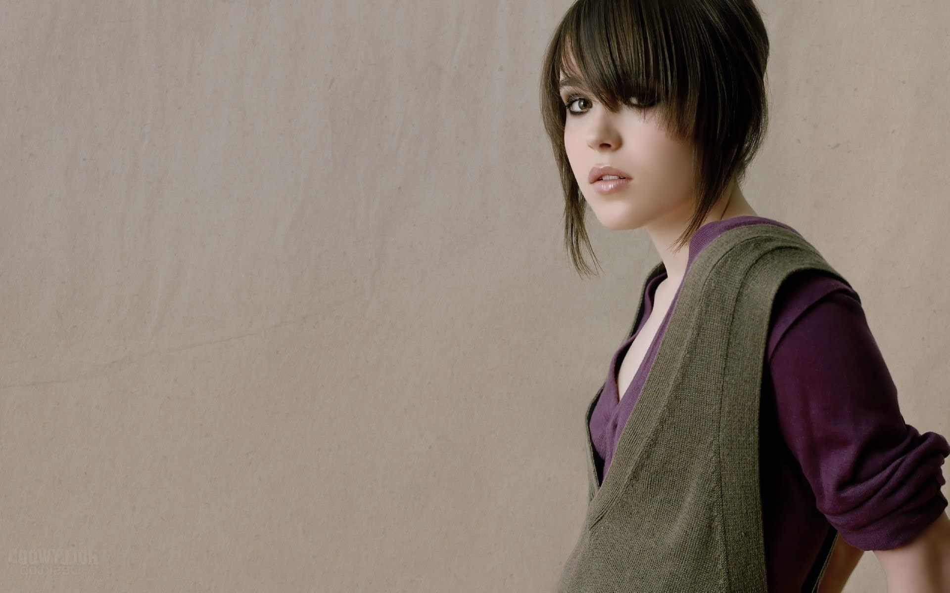 Ellen Page Backgrounds