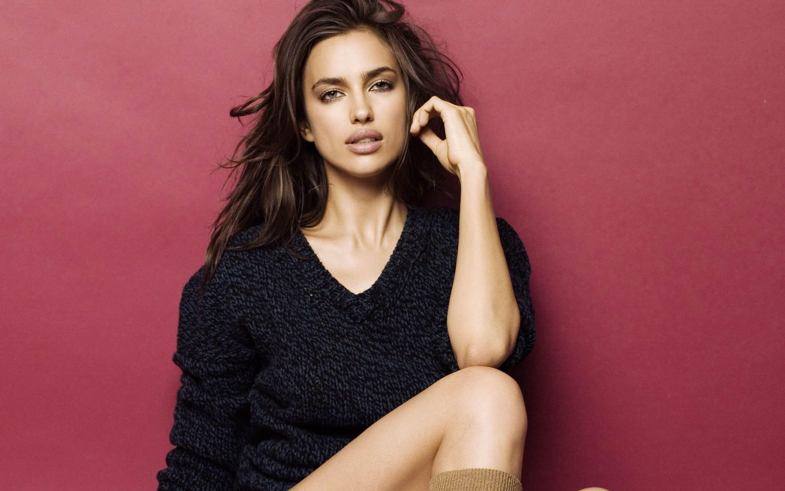 Irina Shayk Backgrounds