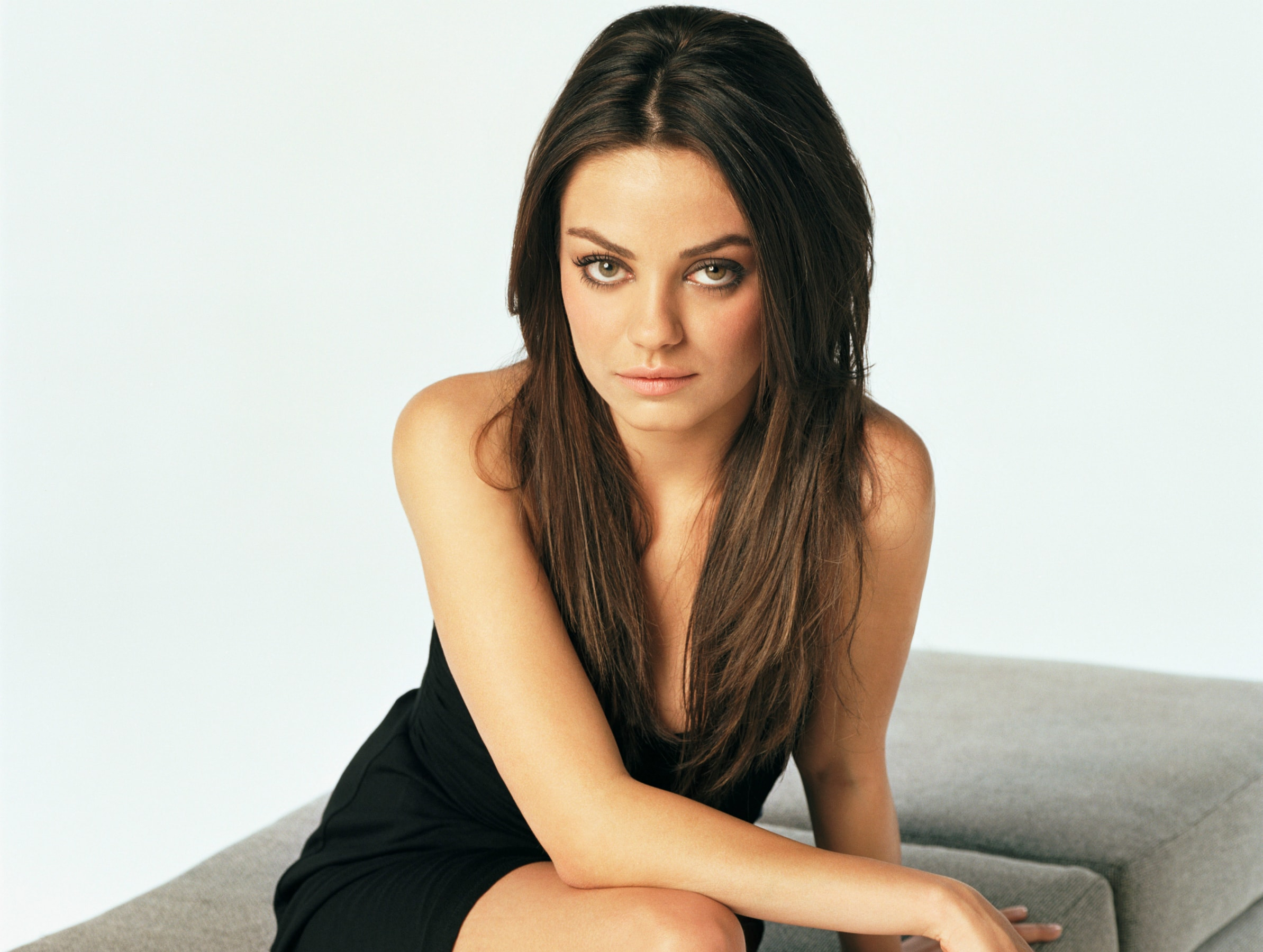 Mila Kunis HD pictures