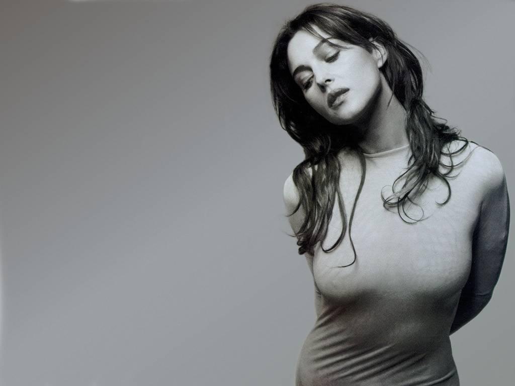 Monica Bellucci Backgrounds