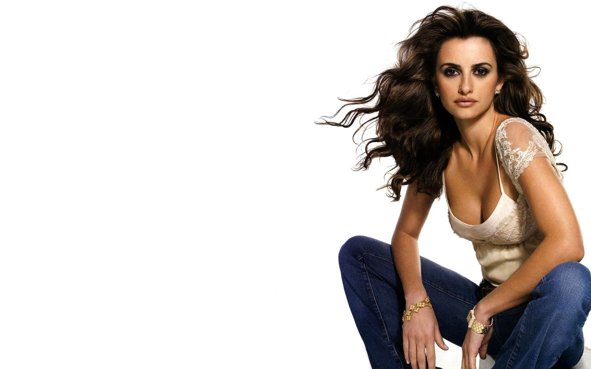 Penelope Cruz Backgrounds