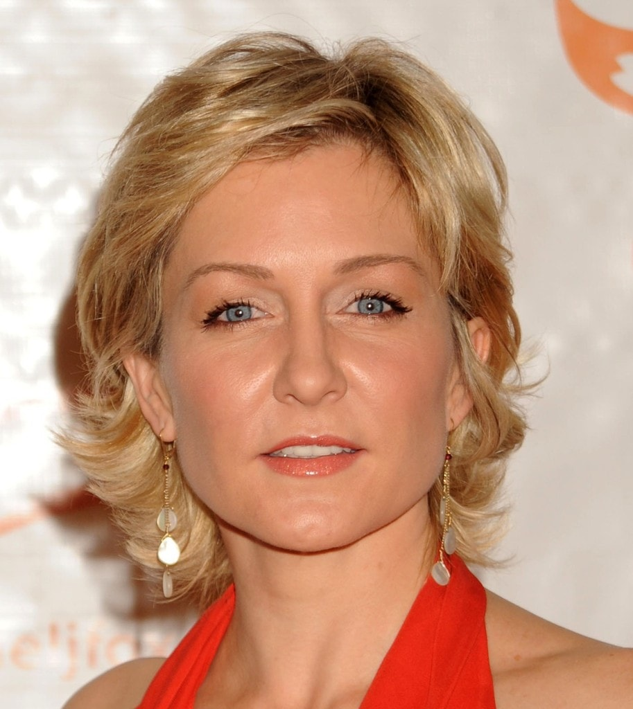 Amy Carlson Pictures