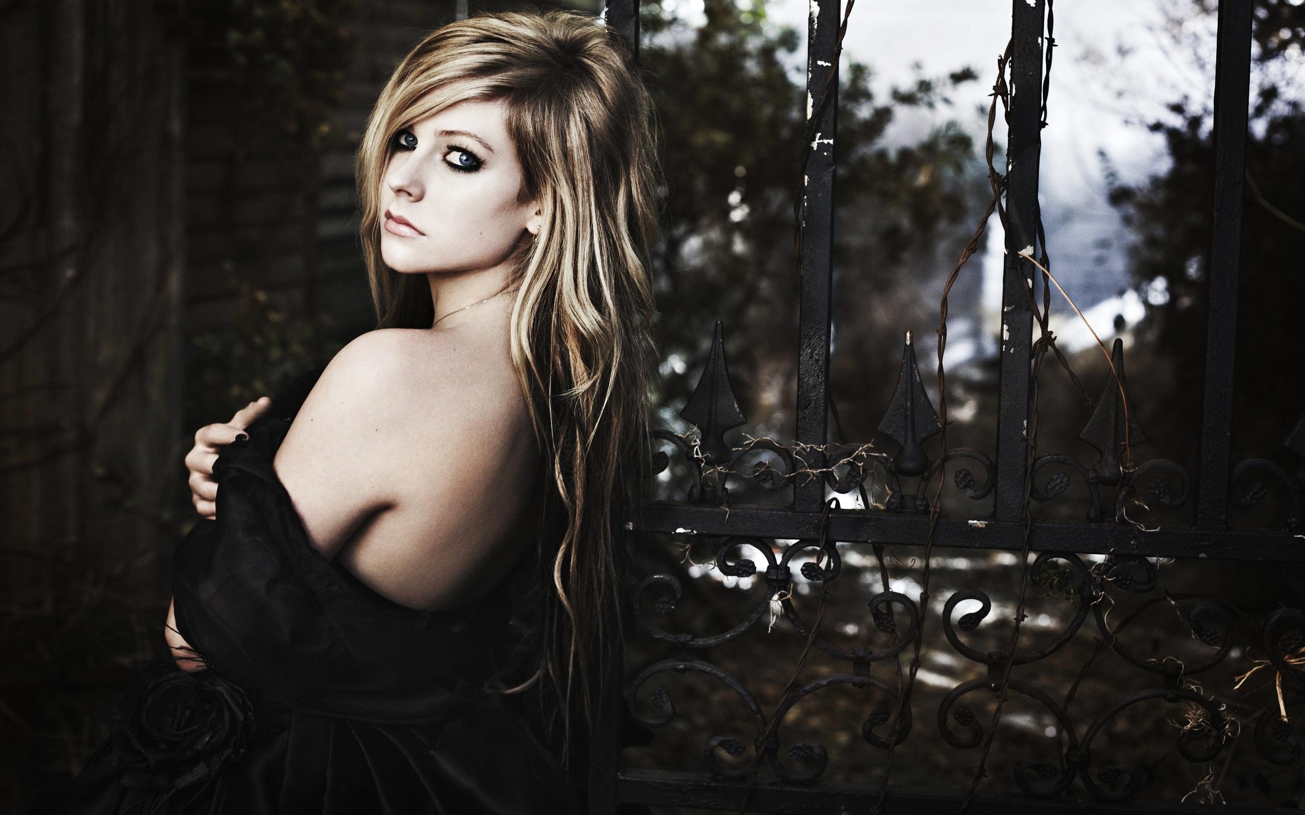 Avril Lavigne Pictures