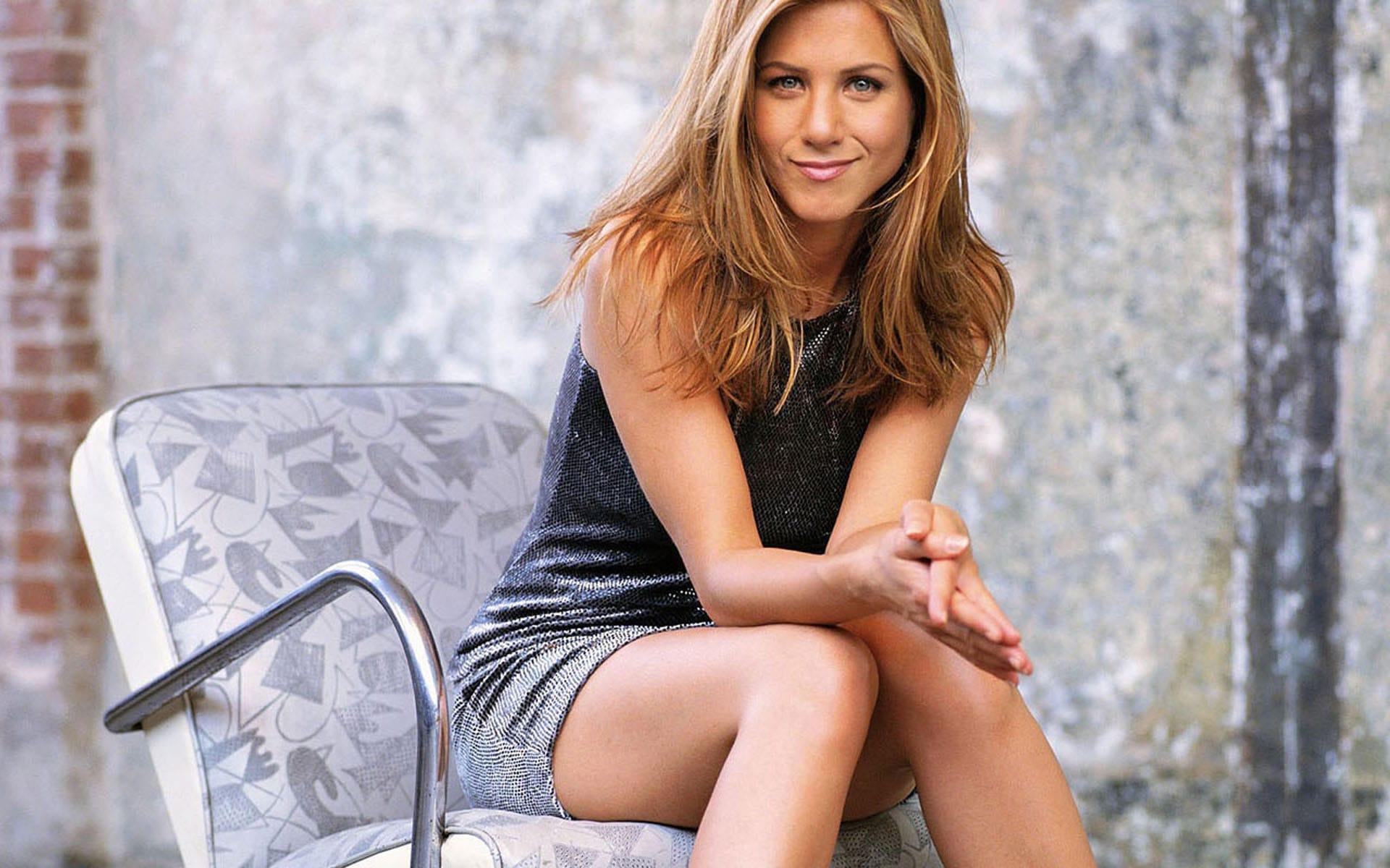 Jennifer Aniston HQ wallpapers