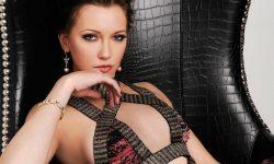 Katie Cassidy Pictures
