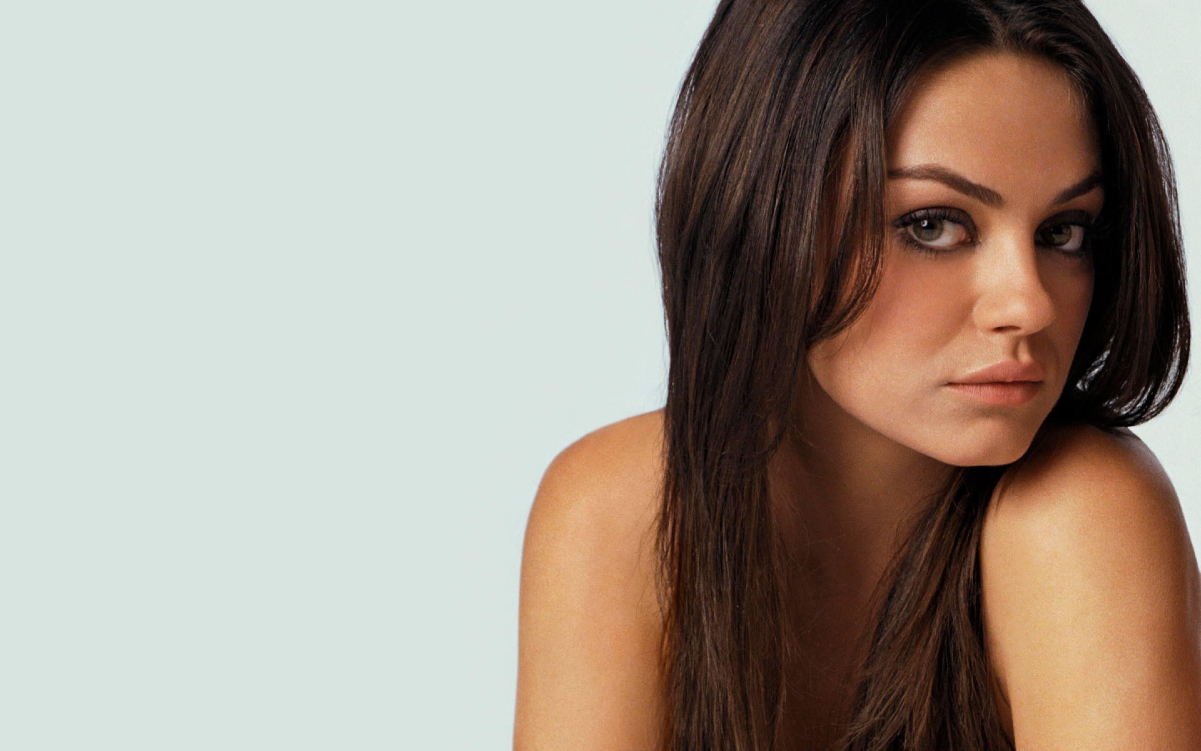 Mila Kunis full hd wallpapers