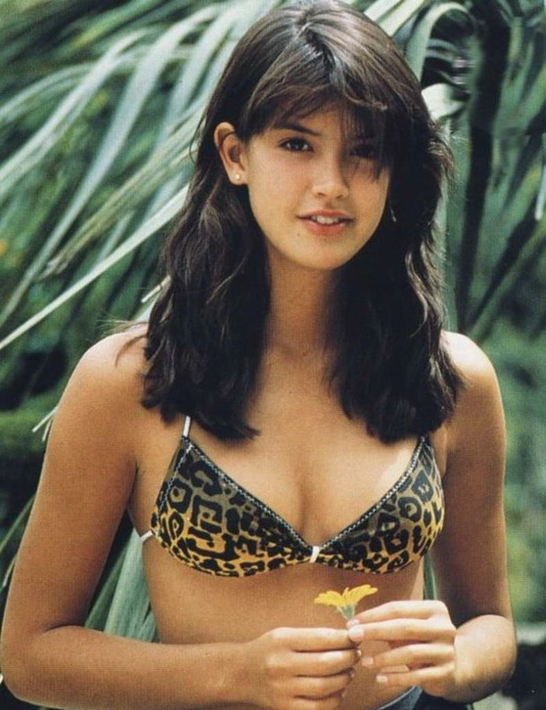 Phoebe Cates Background