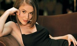 Alyssa Milano widescreen wallpapers