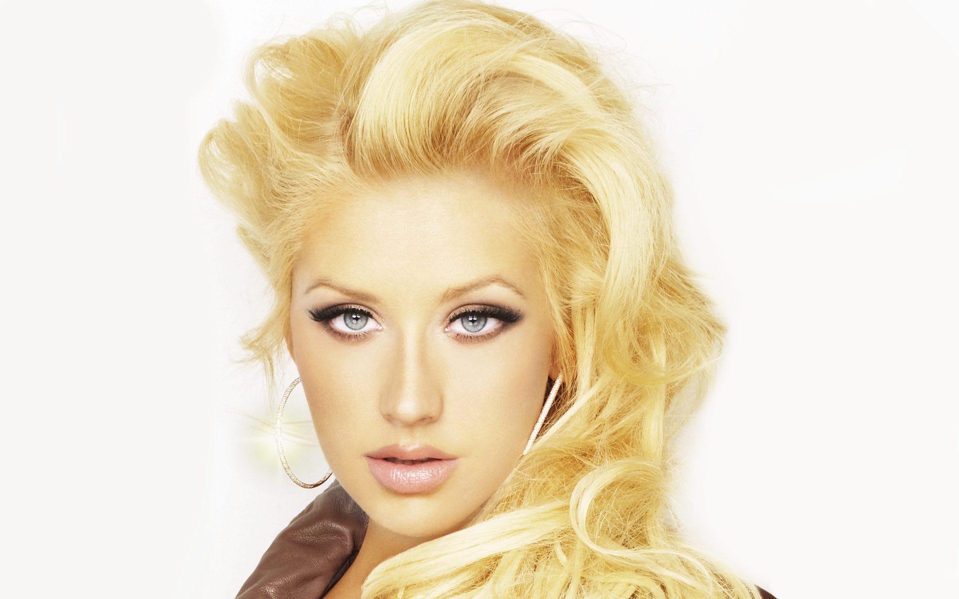 Christina Aguilera widescreen wallpapers