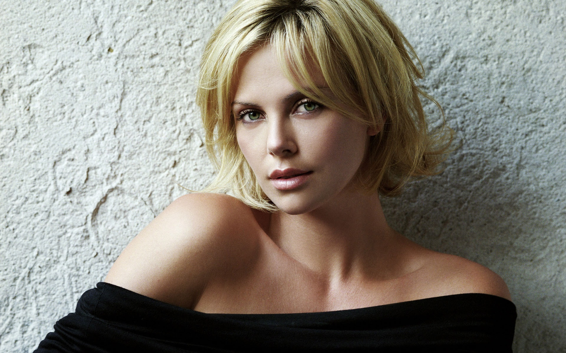 Charlize Theron full hd wallpapers