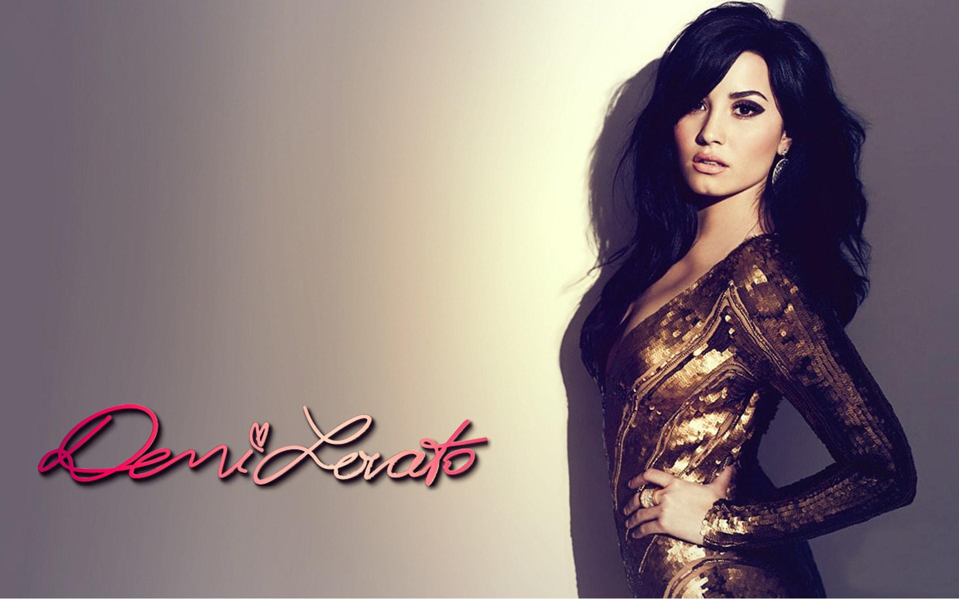 Demi Lovato Girlfriend o