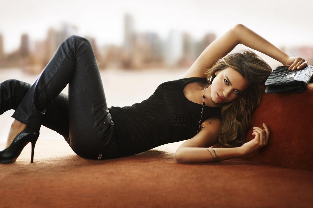Irina Shayk Background
