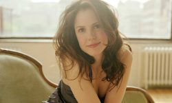 Mary-Louise Parker Background
