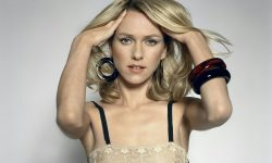 Naomi Watts Background