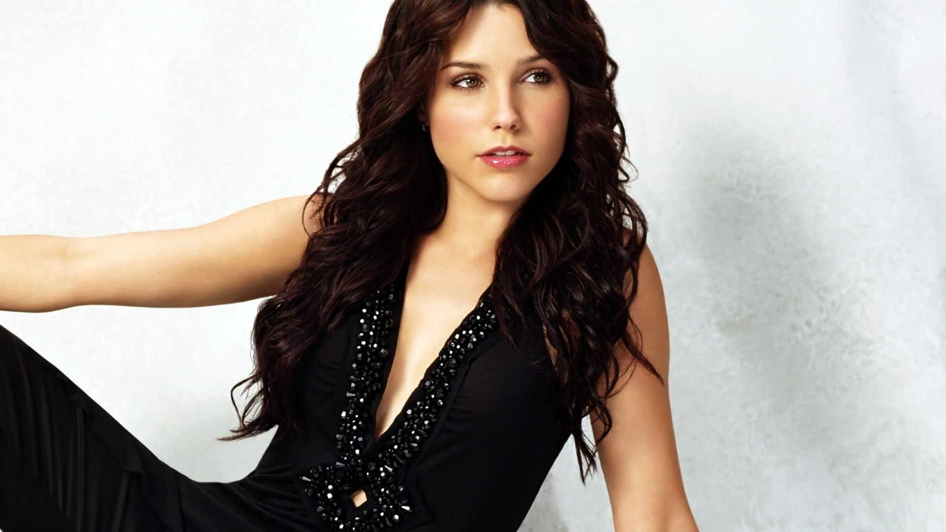 Sophia Bush Pictures