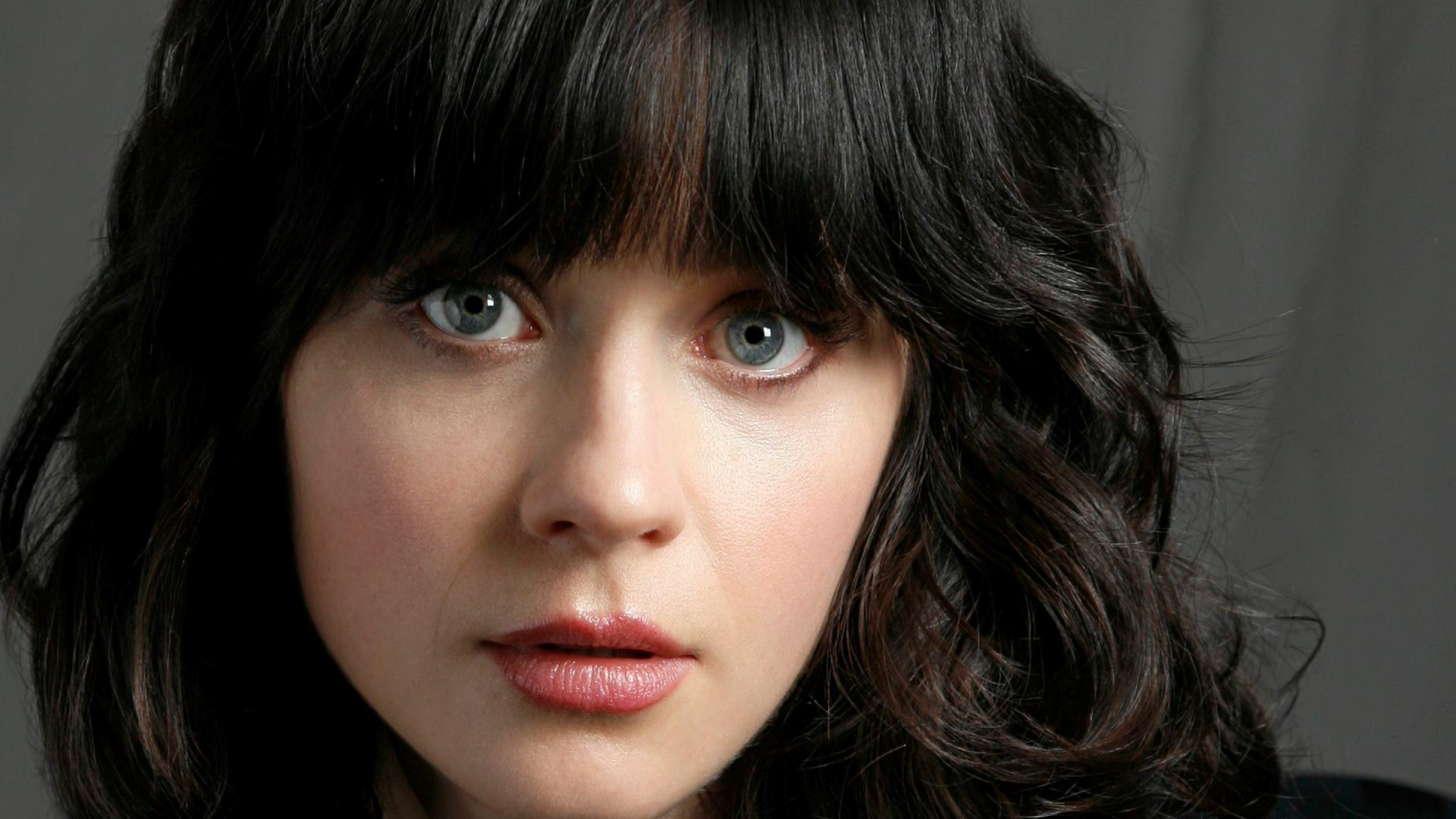 Zooey Deschanel for mobile