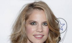 Anna Chlumsky wallpaper