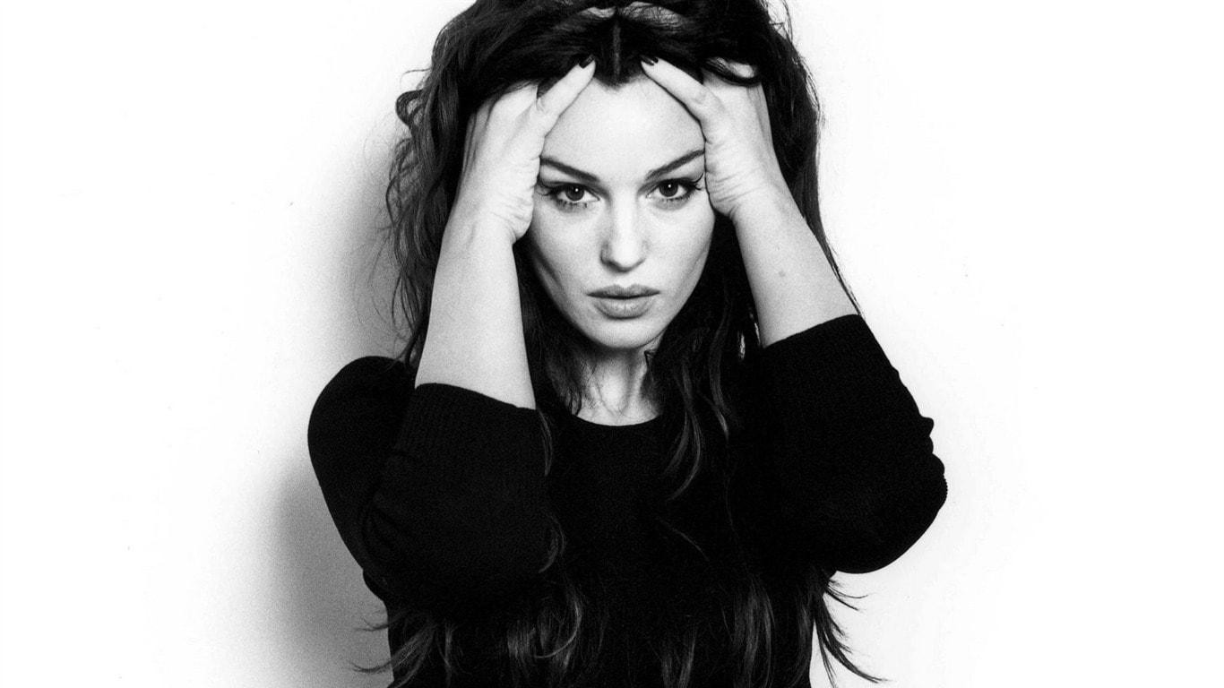 Monica Bellucci HD pics