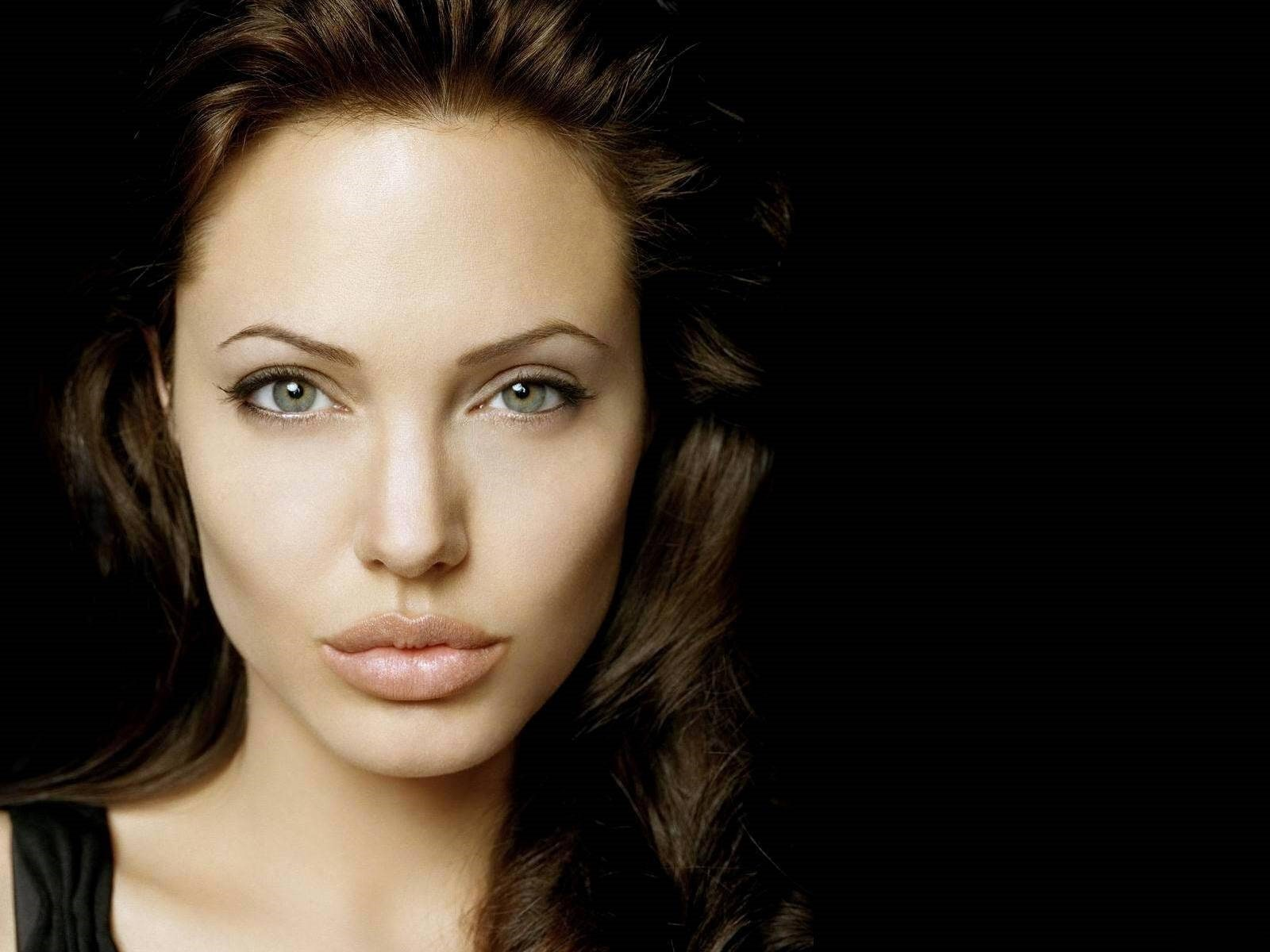 Angelina Jolie HD pictures