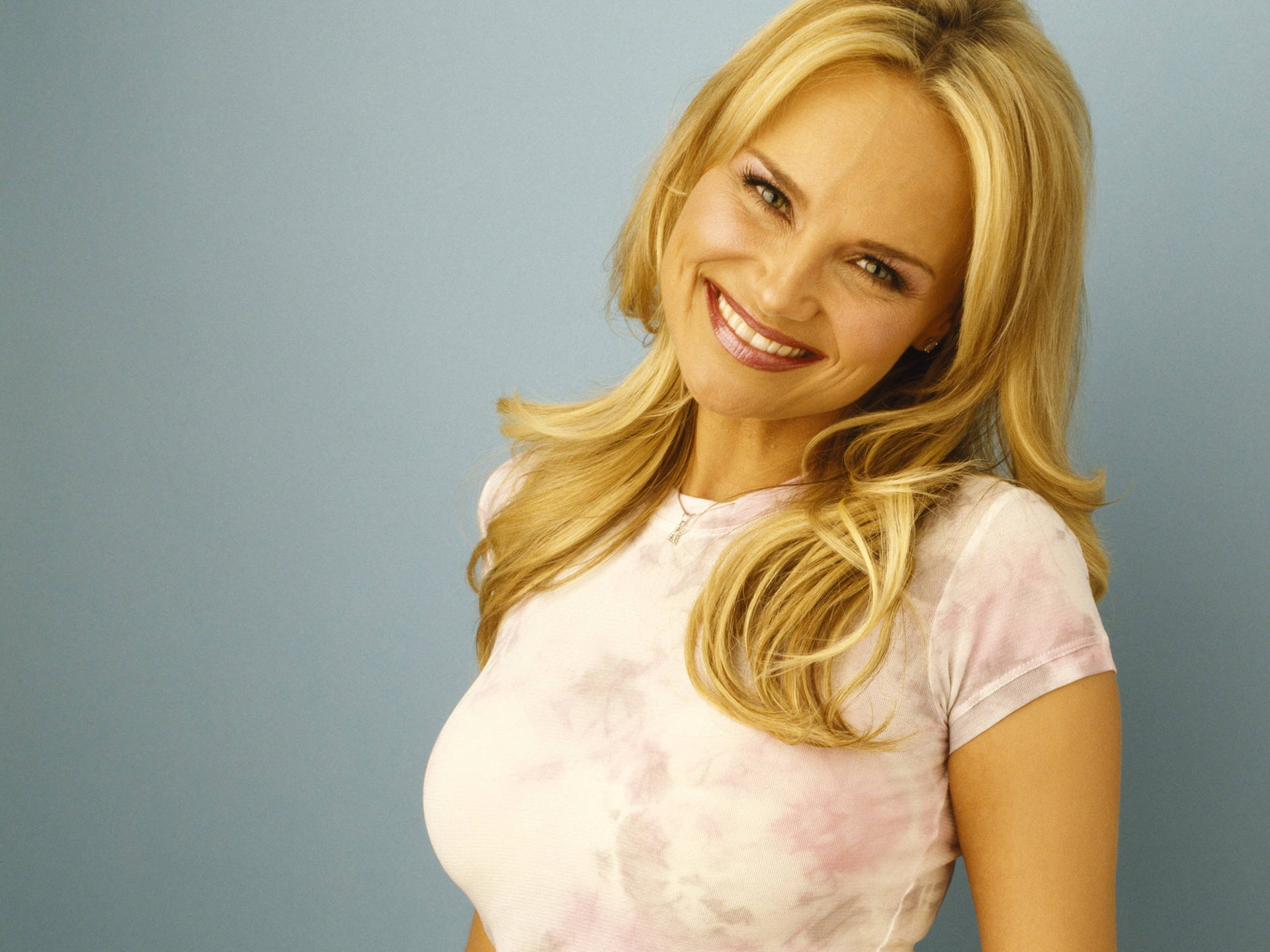Kristin Chenoweth PC wallpapers