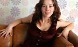Linda Cardellini HD pictures