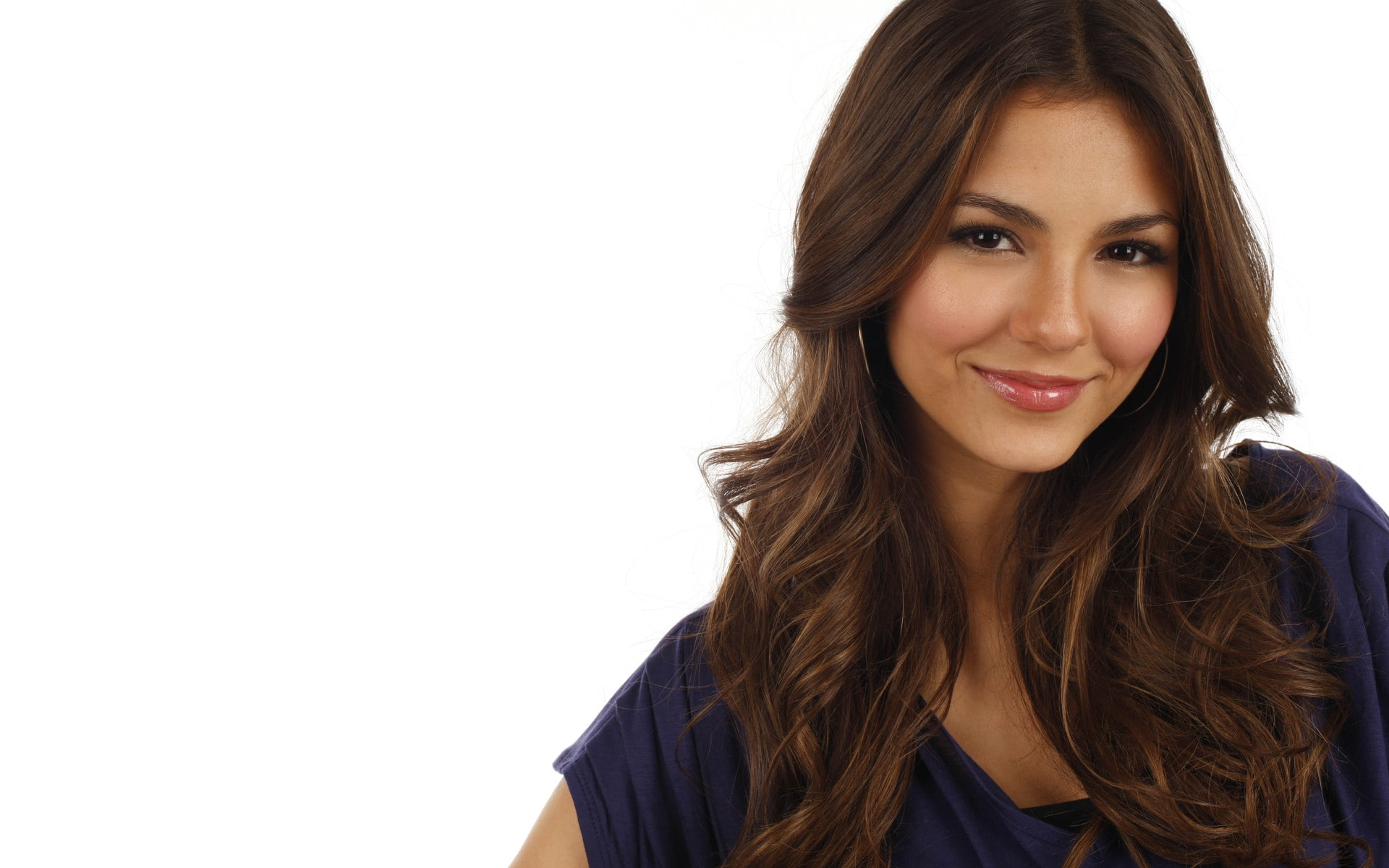 Victoria Justice full hd wallpapers