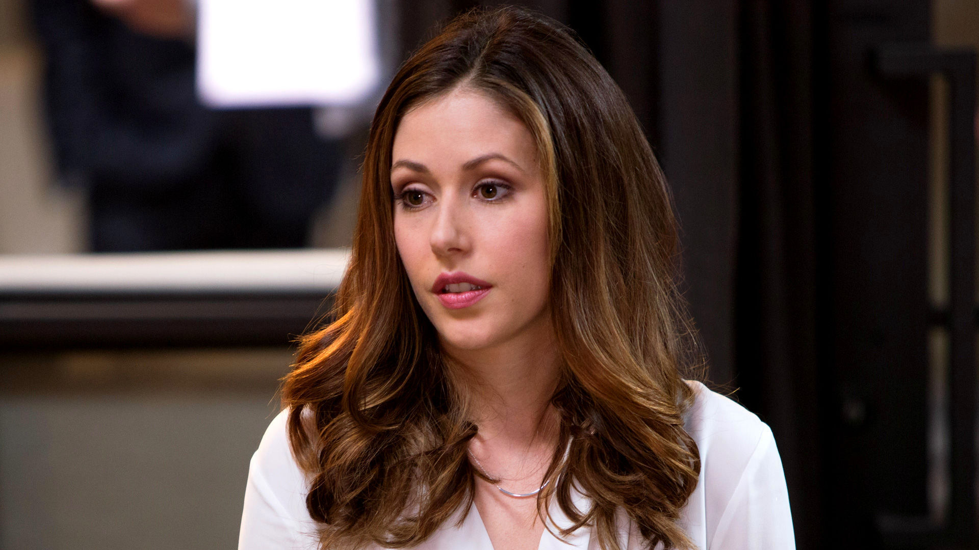 Amanda Crew Desktop wallpaper