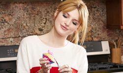 Bella Thorne Desktop wallpaper