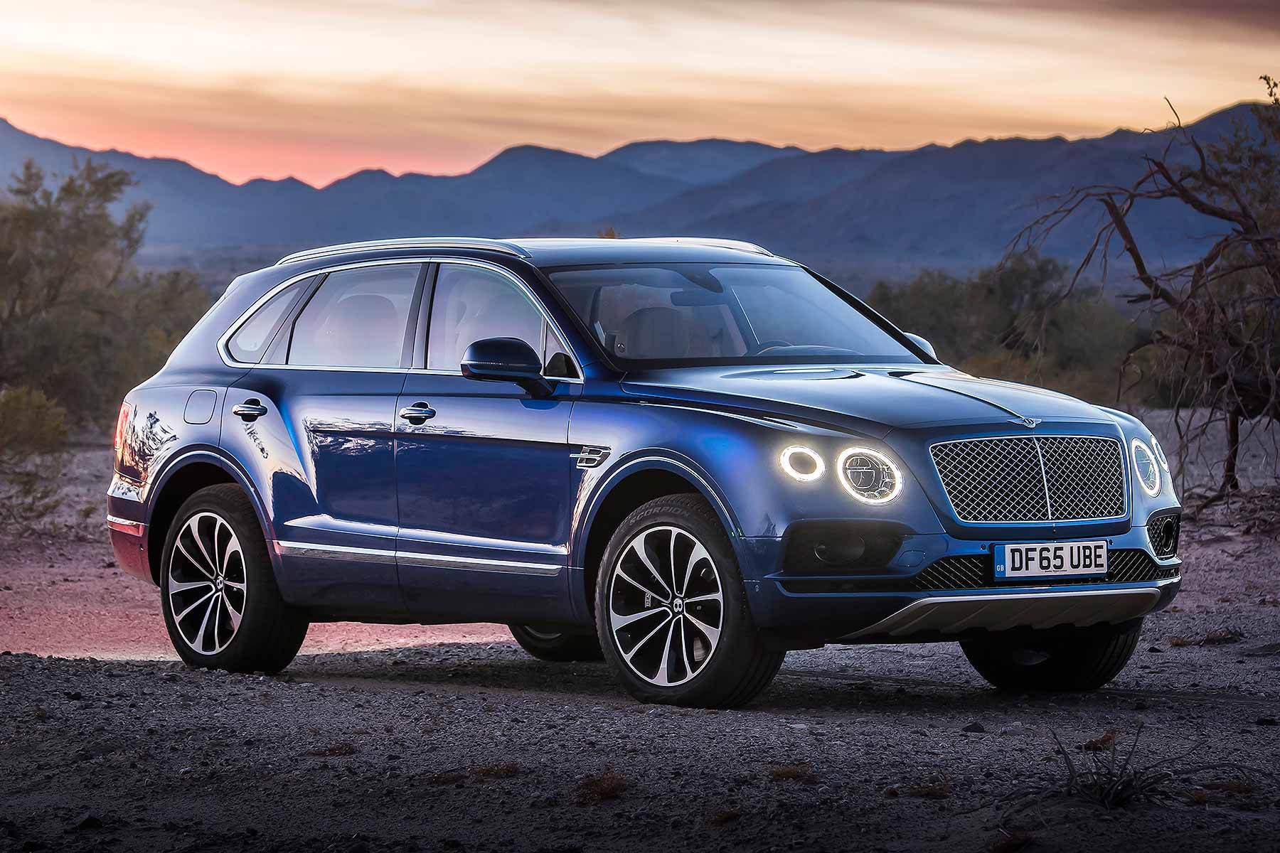 Bentley Bentayga Desktop wallpaper