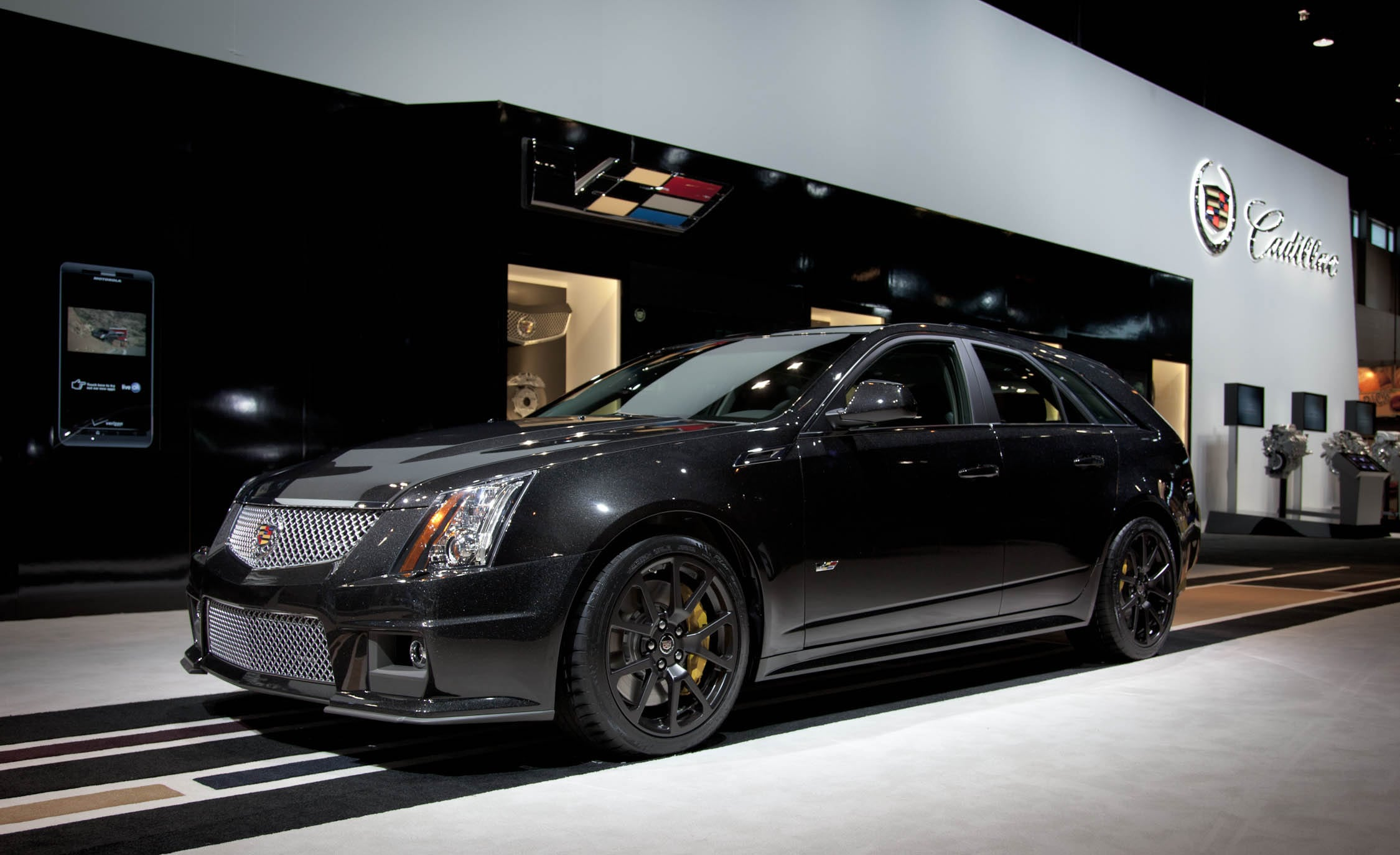 Cadillac CTS-V Wagon Desktop wallpaper