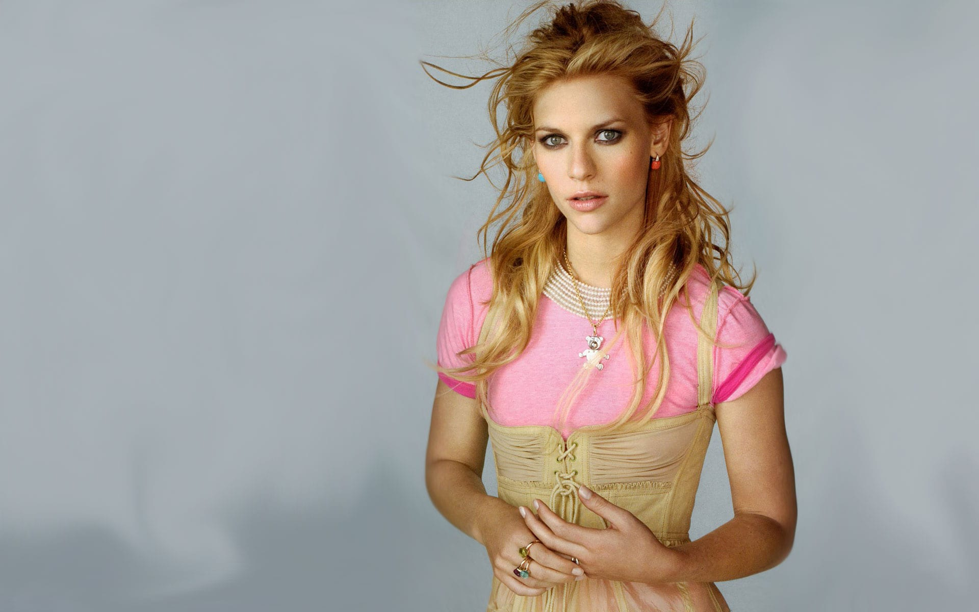Claire Danes Desktop wallpaper