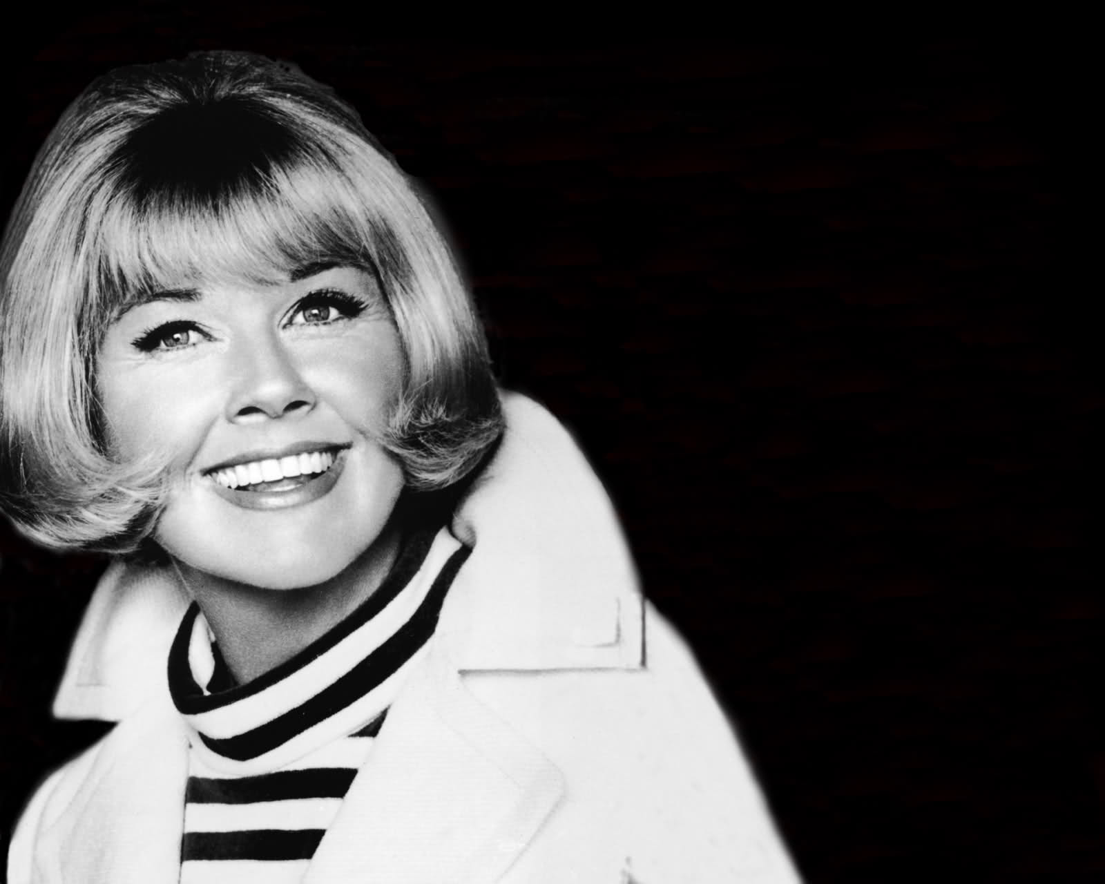 Doris Day Desktop wallpaper