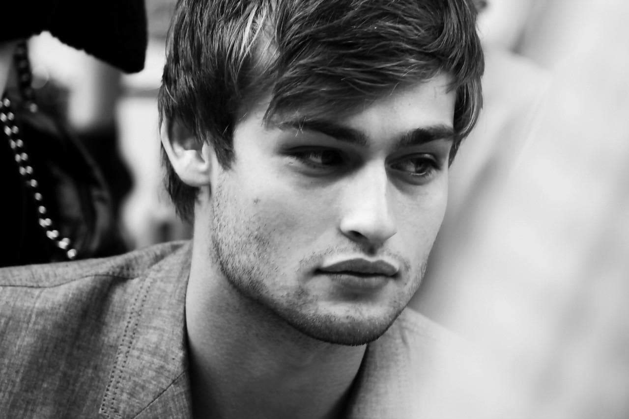 Douglas Booth Download