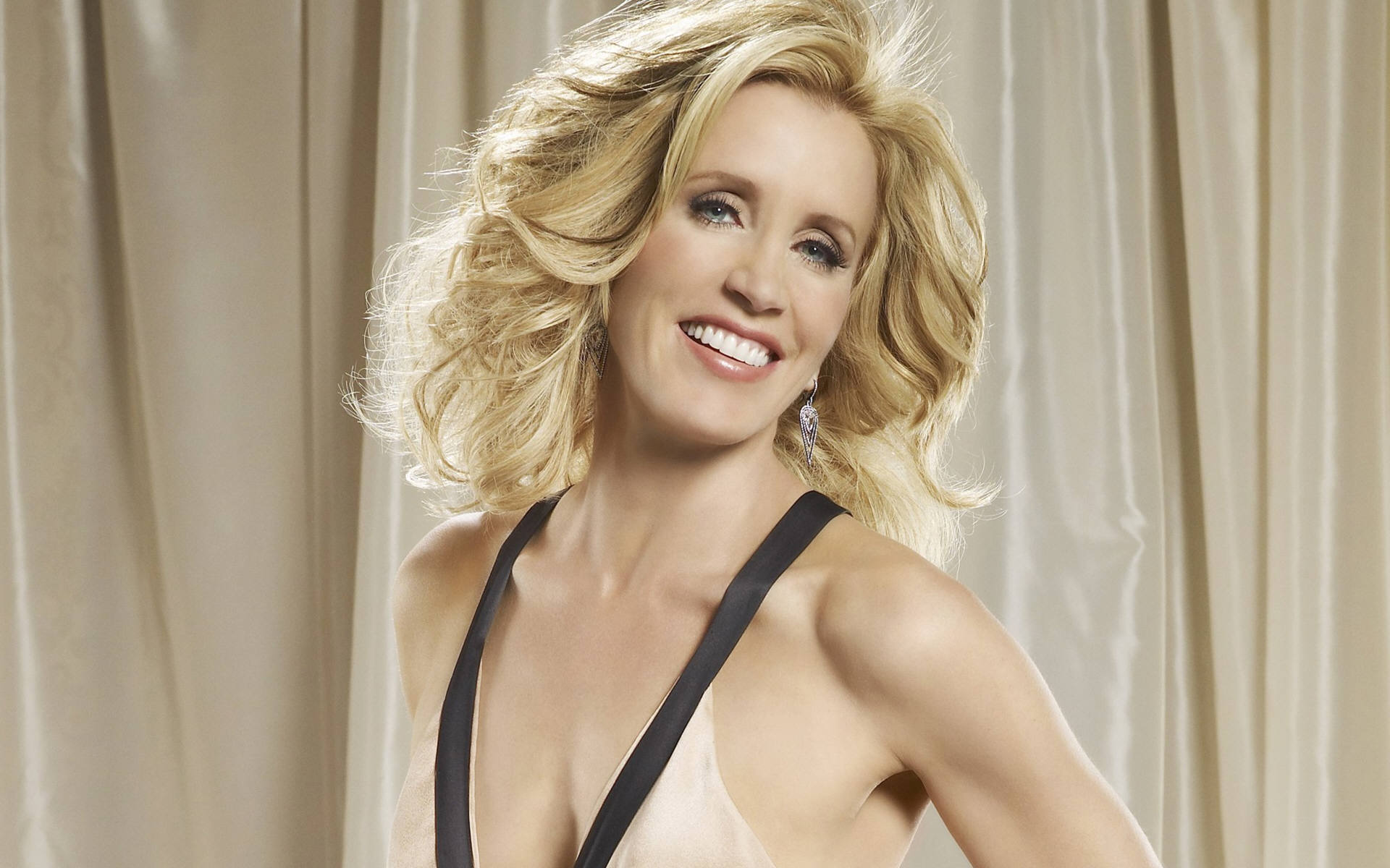 Felicity Huffman Desktop wallpaper