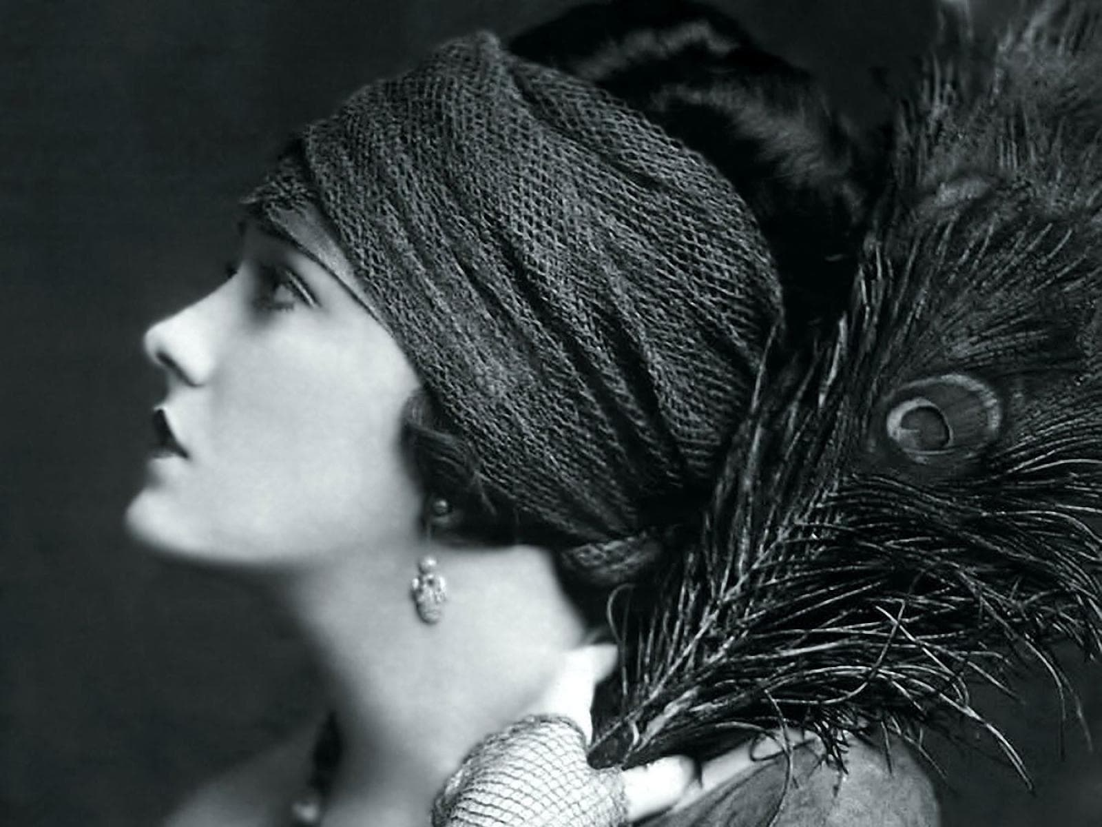 Gloria Swanson Desktop wallpaper