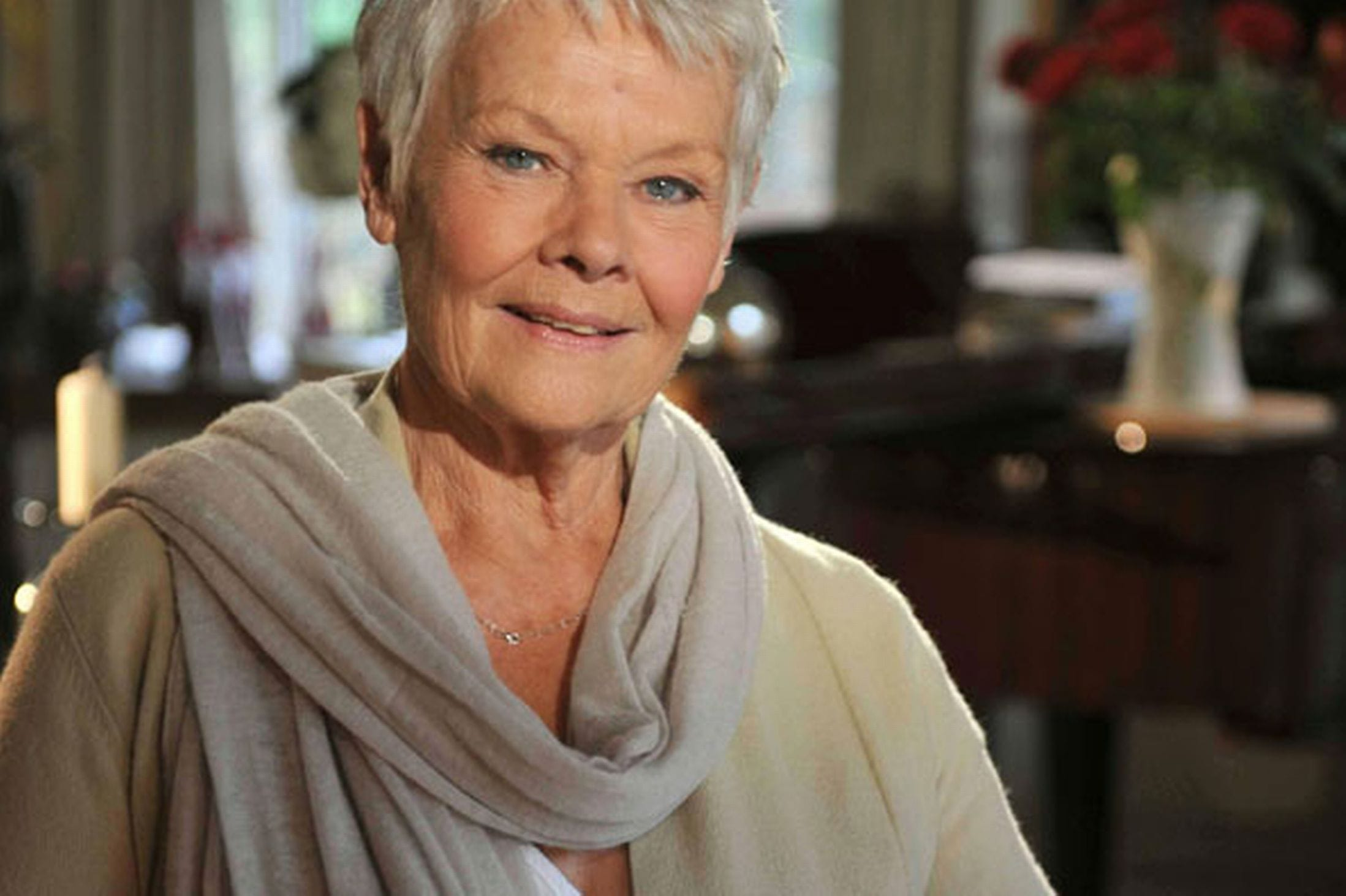 Judi Dench Widescreen