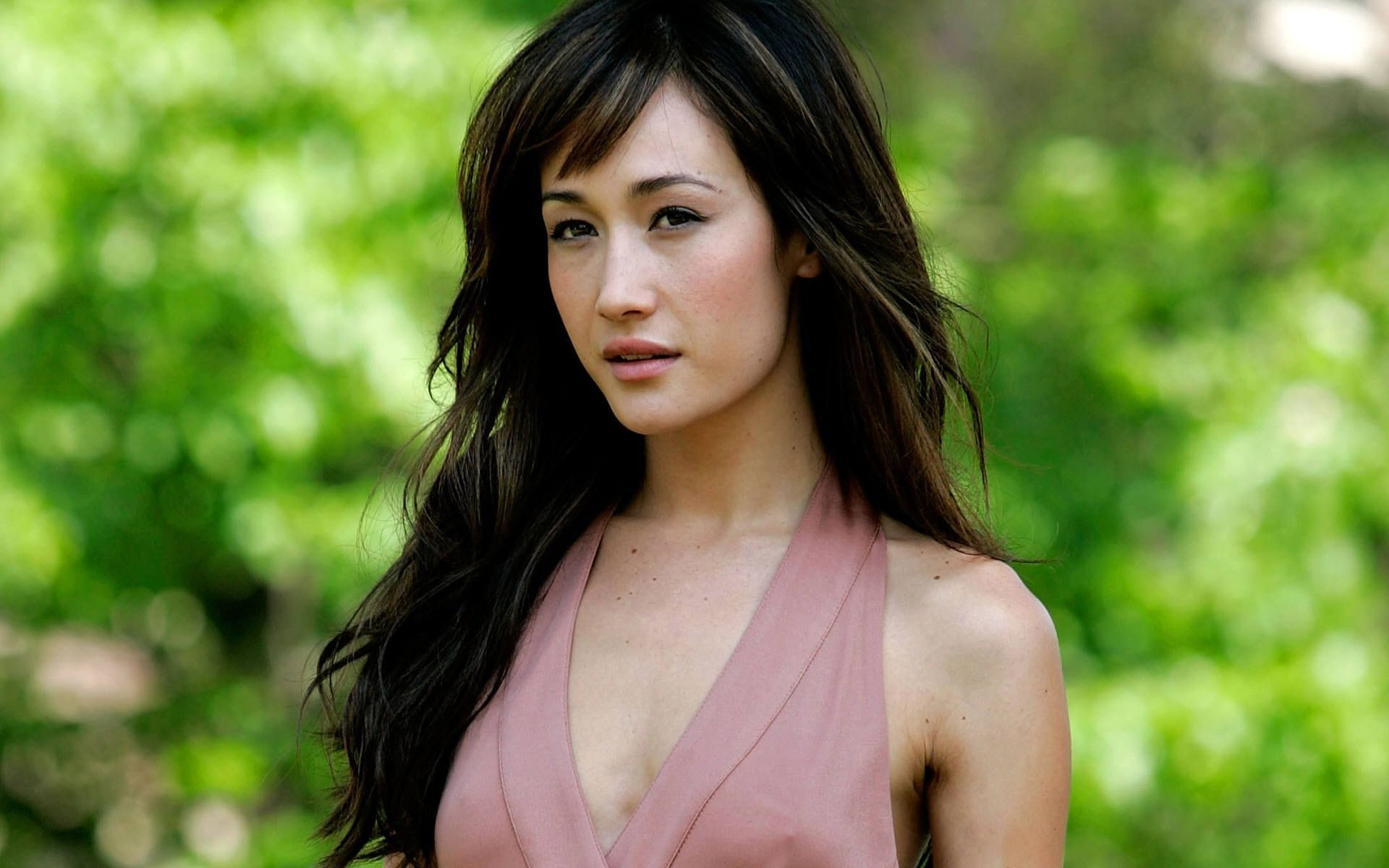 Maggie Q Desktop wallpaper