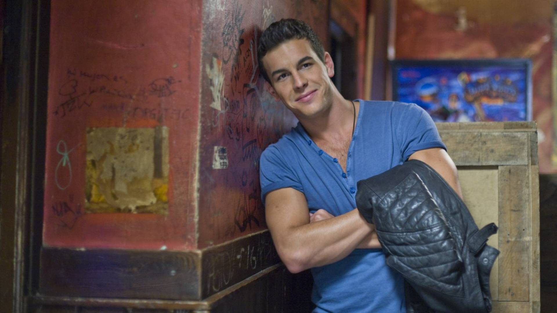 Mario Casas Desktop wallpaper