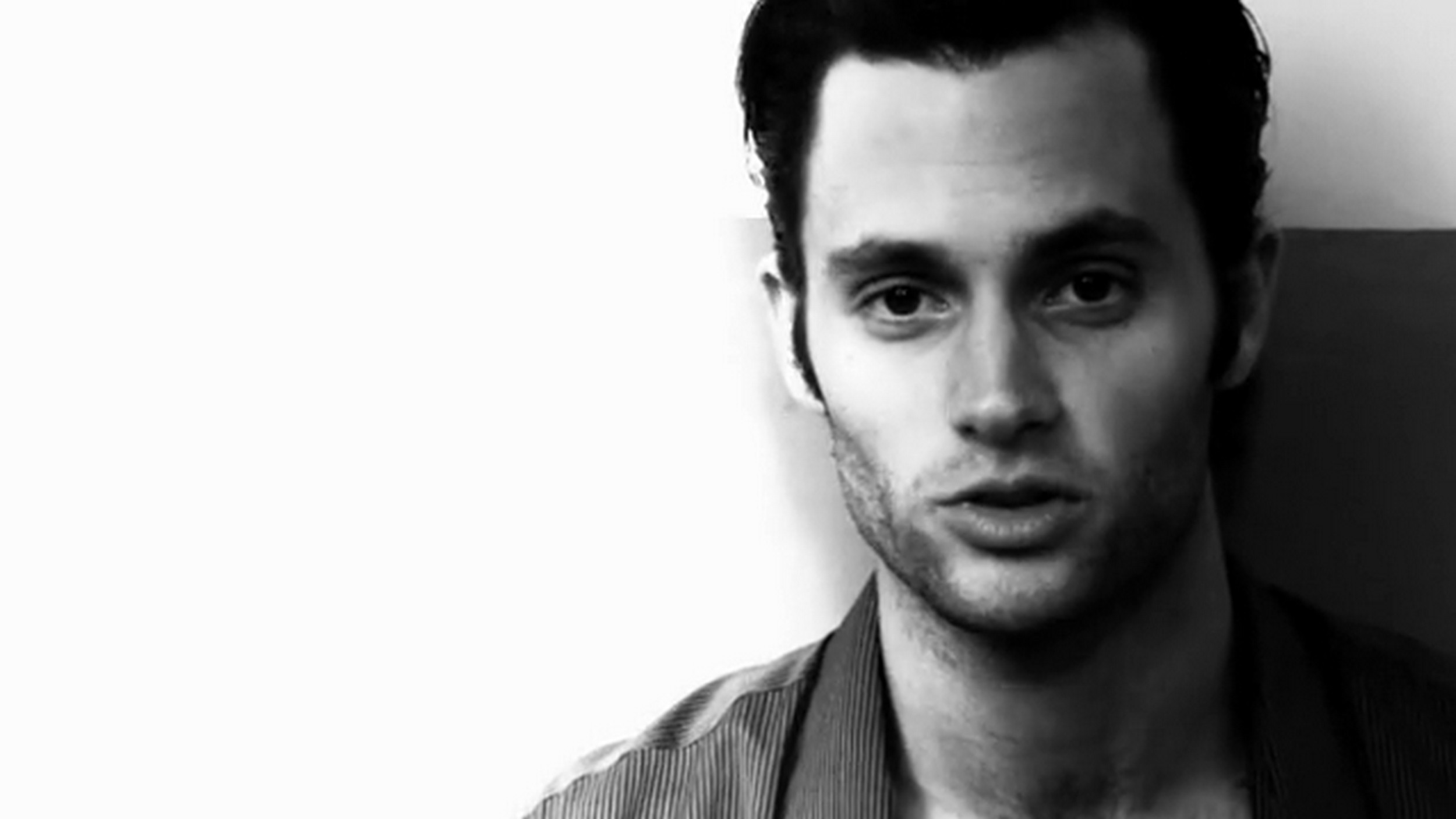 Penn Badgley Desktop wallpaper